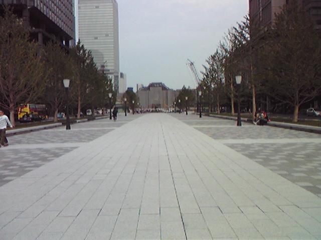 モブログから、、 東京駅前