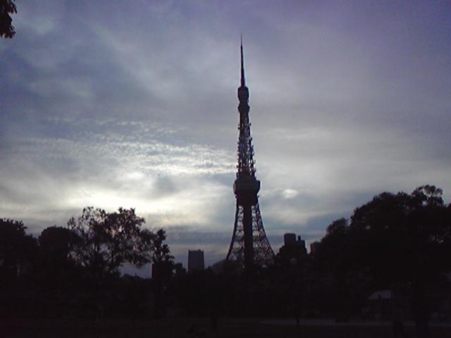 モブログから、、 芝公園トレーニングセンター?と東京タワー